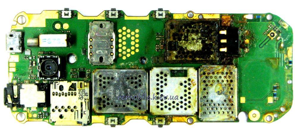 Телефон после воды белый экран